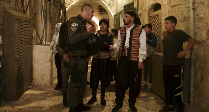 Palestinians arrested, fined in Jerusalem for keeping Muslim traditions