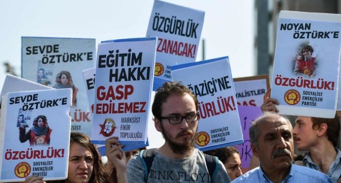 22  anti-war Turkish students on trial, face 5 yrs in prison