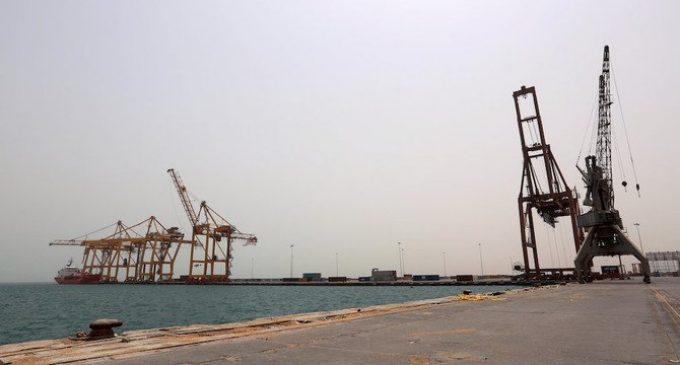 Permits continue to be granted to ships heading to Yemen's Hodeidah port