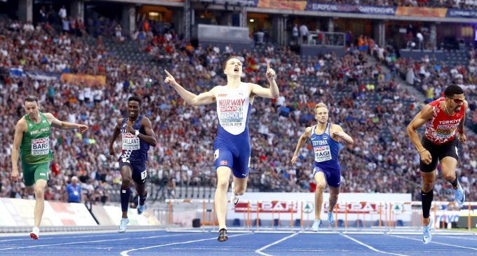 Athletics – Warholm wins first leg of audacious one-lap double
