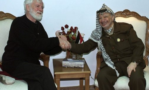 Uri Avnery, first Israeli to meet Arafat, dies at 94