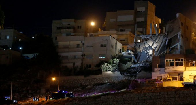 Jordan: Four people killed during a police raid on house sheltering militants